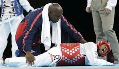 Taekwondo techniques and competition characteristics involved in time-loss injuries